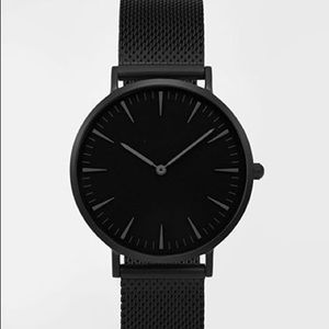 Jewelry - Matte black watch